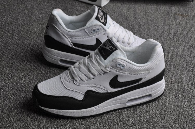 Nike Air Max 1 Essential Chaussures Homme Femme Outlet